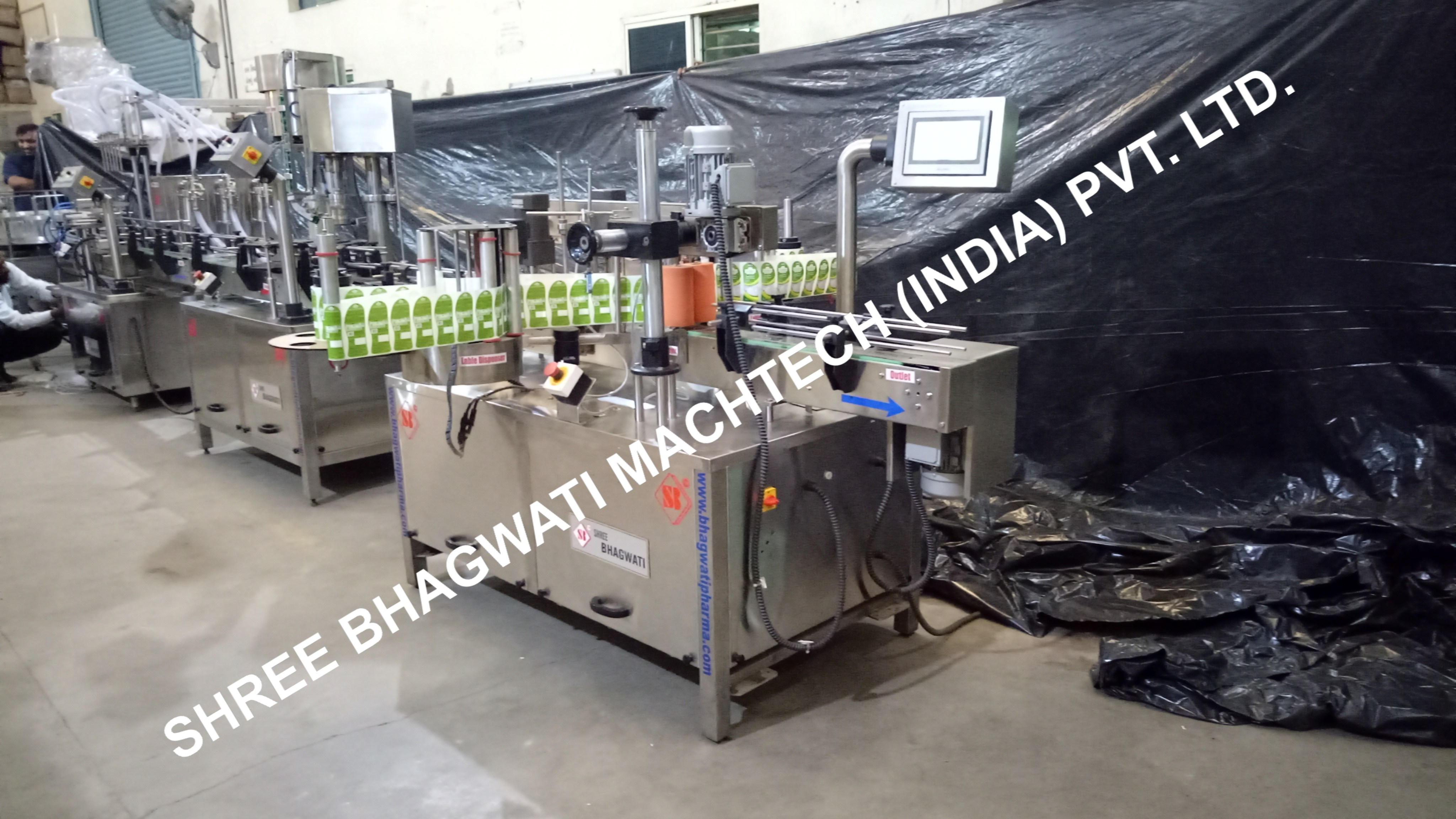 Front & Back Labelling Machine for body oil bottle