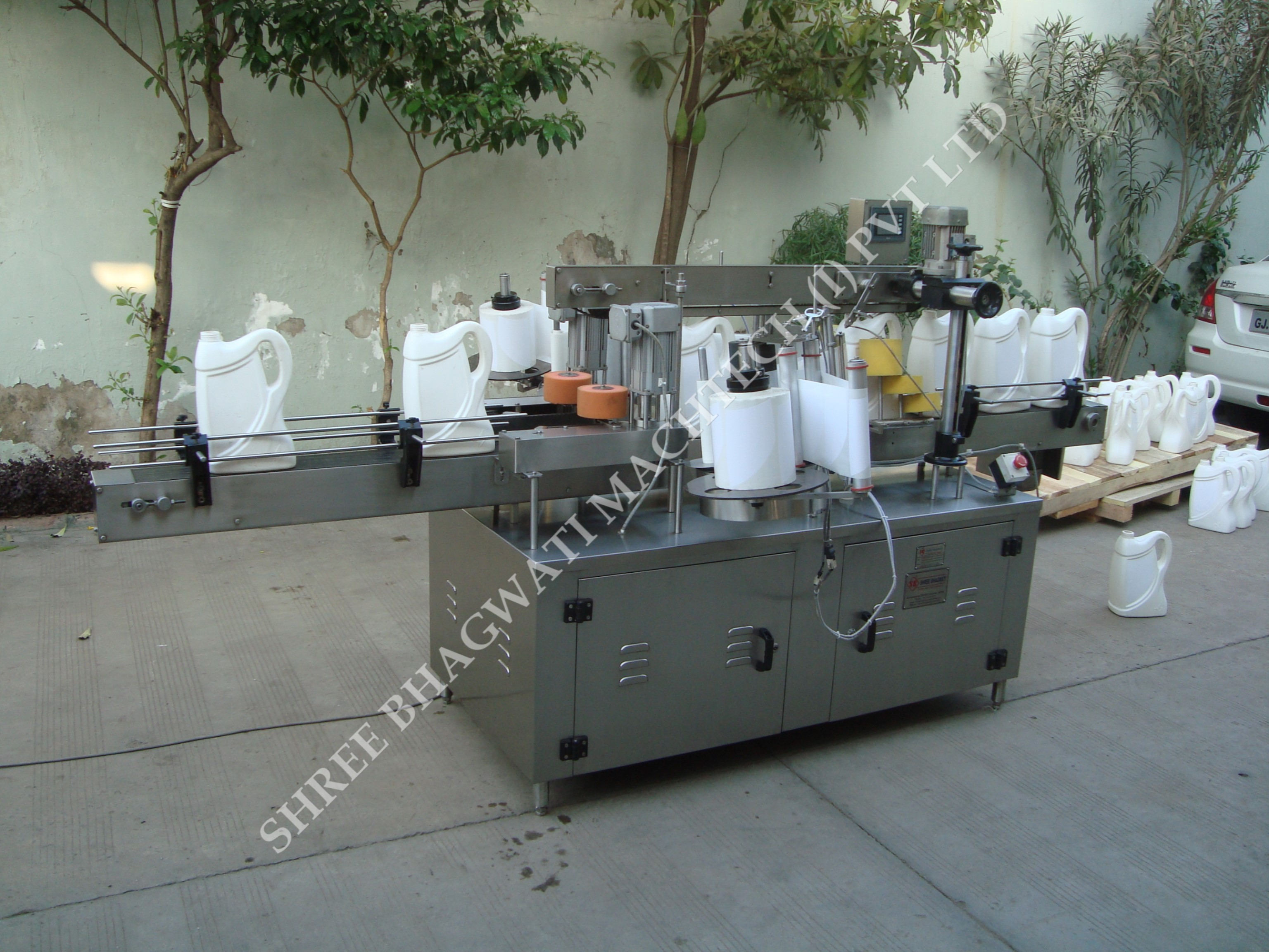 Labeling Machine for Cans